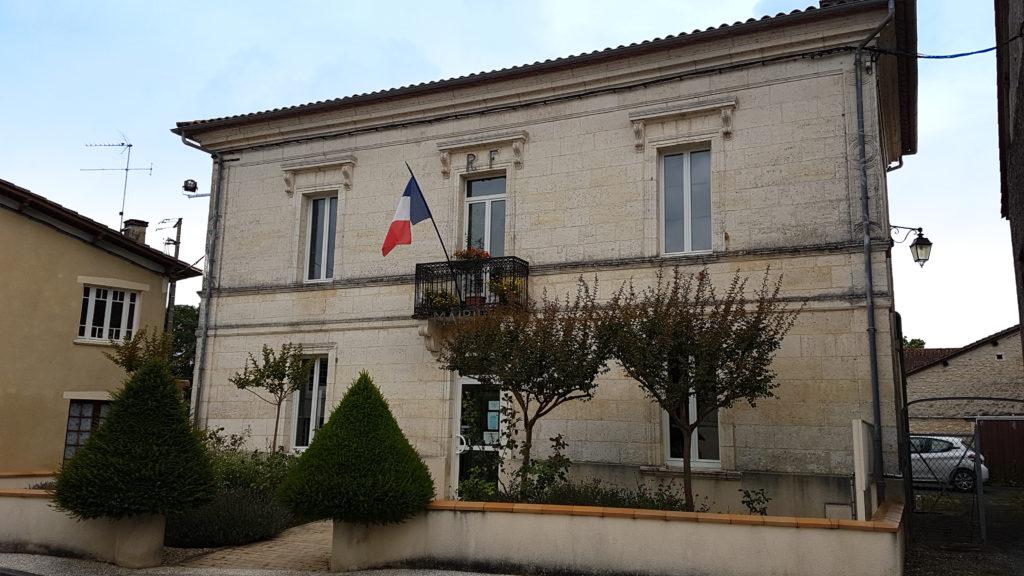 Mairie Saint michel Leparon